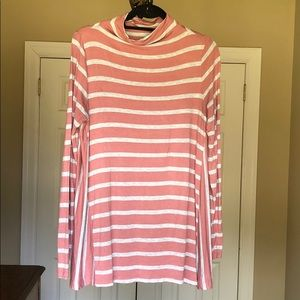 Loft outlet pink and gray tunic